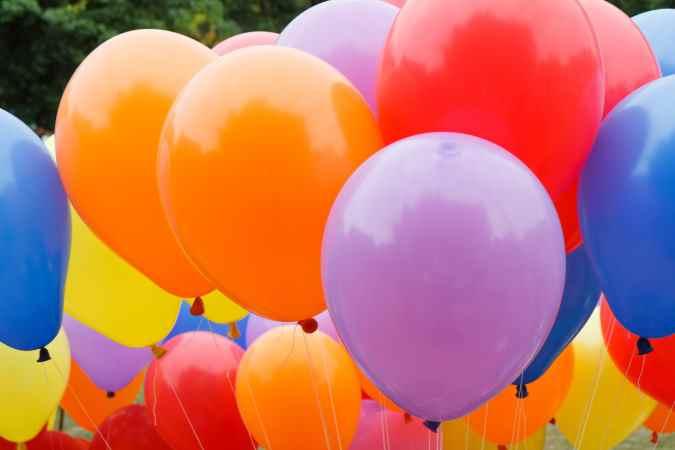 הפעלה עצמית במסיבת יום הולדת