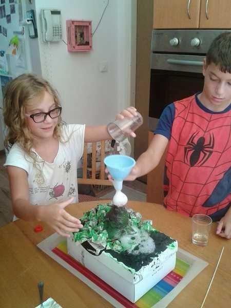 פעילות בית מארח בנושא מדע